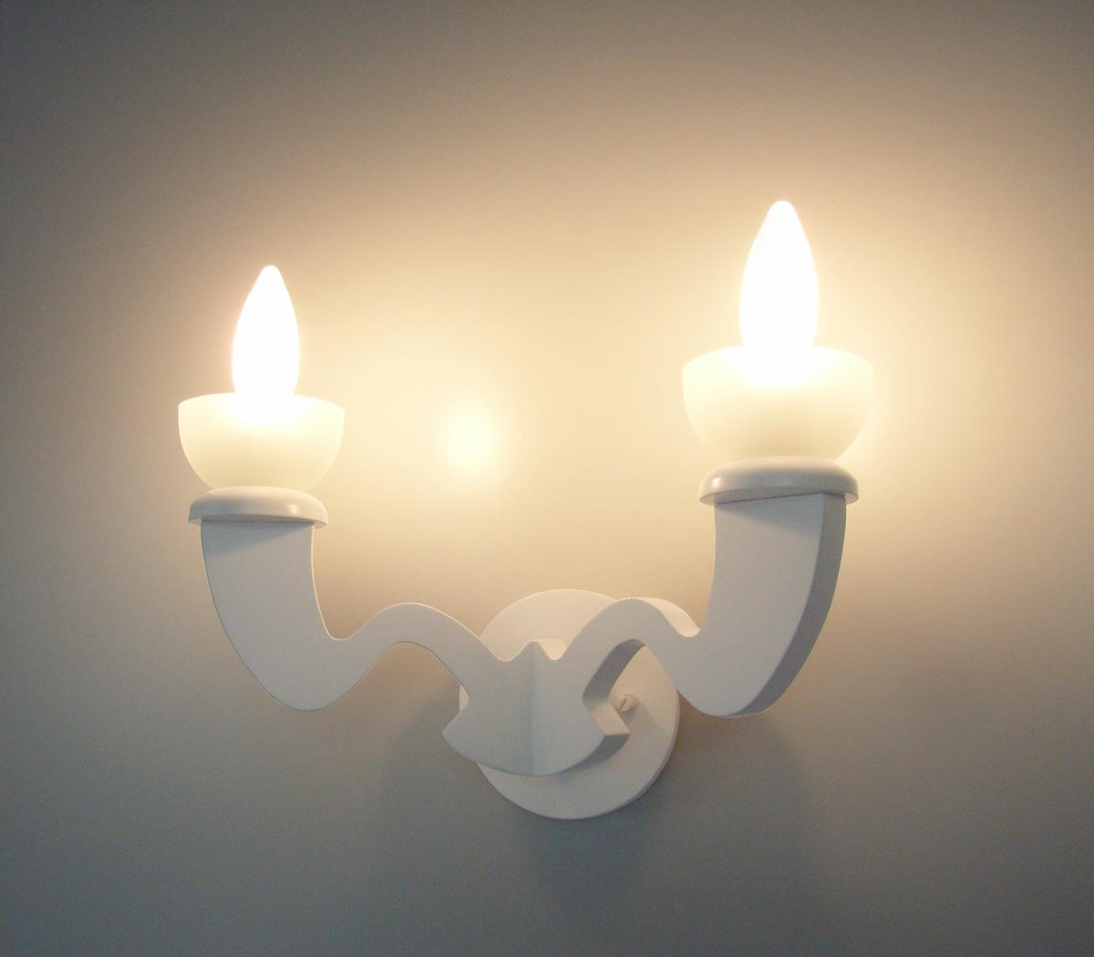 ブラケットライト B1015-W 【 Pure White ピュアホワイト 】 【 H280×W330×D160 】 【 E17 シャンデリアランプ ホワイト 40W×2 】 【 ホワイト色 】 【 省エネ 】 壁面取付照明 壁掛け取付照明 dcs デザイン照明