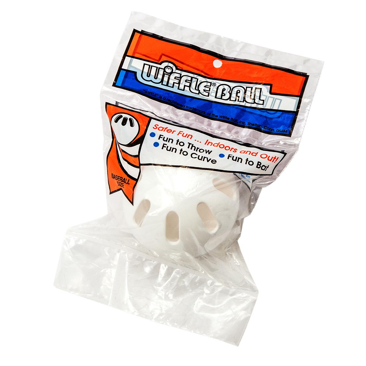 グローブ不要!!子供~大人まで楽しめるスポーツトイ ウィッフルボール (WIFFLE Ball) ベースボールサイズ 袋入り 1個 NO.639R