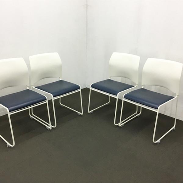 椅子 イス 重ねられる スタッキング 会議 品質保証 収納 スタック 中古 スタッキングチェア ∴スタッキングチェア ループスタッキングチェア IS-840301B ネイビー 肘無 4脚セット JA-27 中央可鍛工業 40%OFFの激安セール ホワイト