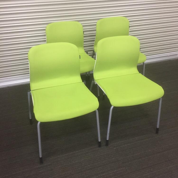 スタッキングチェア 4脚セット コクヨ アリーナCシリーズ ALINAC ライムグリーン【中古】【会議用チェア】【ミーティングチェア】【会議椅子】【セミナーチェア】【商談椅子】【積み重ね収納】