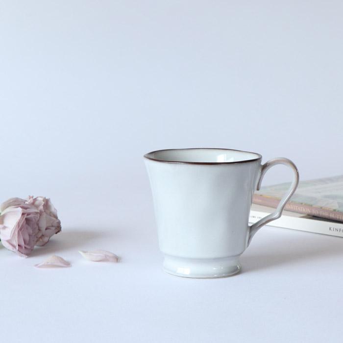 290ccマグカップ アンティークな空気がただよう グレーカラーのおしゃれなカップ 磁器 290cc マグカップ グレー 美濃焼 日本製 おしゃれ かわいい カップ コーヒー 紅茶 インスタ くつろぎ アンティーク 女性 映える リラックス おうち時間 コーヒーカップ 新作多数 5%OFF 女子 カフェ 家カフェ ヨーロッパ