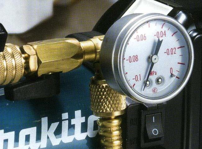 マキタ 【VP180D 圧力 接続 計測 吸気口 新商品 メーター 16,200円以上は 送料無料】 真空ポンプ用ゲージ付バルブ <A-59732>