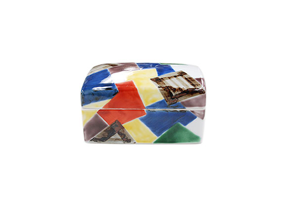染錦重ね折紙 陶箱