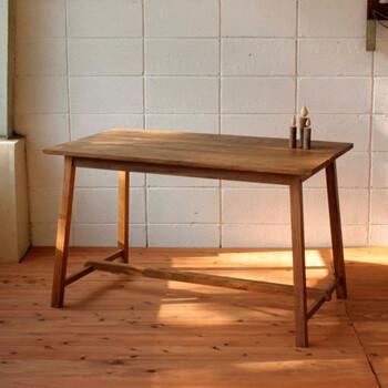【送料無料】新発売マホガニー材のシンプルなテーブル室内用ガーデン製品かわいい・おしゃれなテーブル
