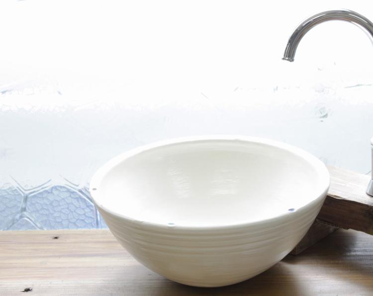 陶器と琉球ガラスの洗面ボウル おしゃれ NO-3 シンプル やちむん[洗面鉢][洗面ボール][洗面ボウル][洗面器][手洗い鉢][手洗いボール][手洗いボウル][手洗い器]