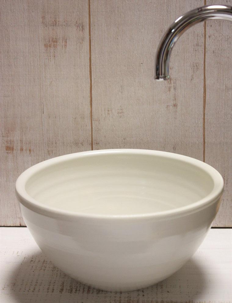 陶芸家手作りの白色手洗いボウル[手洗い鉢][手洗いボール]/\ NO-89[手洗いボウル]沖縄陶器やちむん鉢/和風/シンプル/送料無料