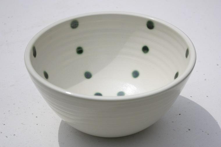 手洗いボール/クリーム色/手洗いボウル/緑色のドット/NO-60/沖縄やちむん陶器作家