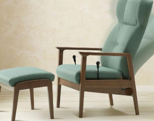 【今すぐ使える割引クーポン発行中】リクライニング らくらくチェア リクライニングチェア 一人掛け 椅子