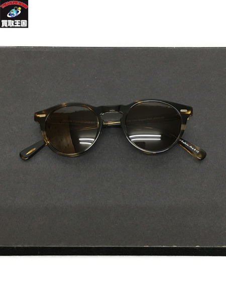 OLIVER PEOPLES Gregory Peck サングラス【中古】