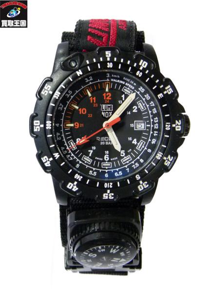 LUMINOX シリーズ8800 ルミノックス 黒 ブラック 方位磁針 腕時計【中古】