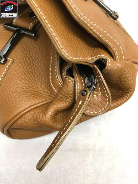 5e6e94806469 概要:TOD'S(トッズ)レザーハンドバッグです。 □状態:B多少の使用感のある商品※レザーにうっすらとした汚れ、角にスレタグ部分に汚れ、内部隅に埃の汚れなどが感じ  ...