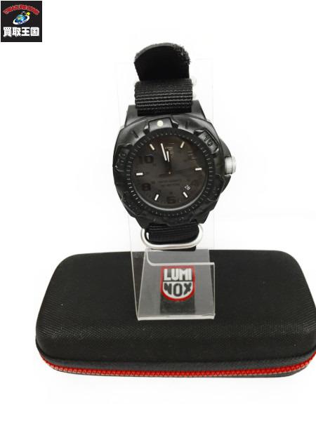 cheaper 5fa49 0e4f0 LUMI NOX シリーズ 0200/黒/腕時計 ルミノックス【中古】[値下 ...