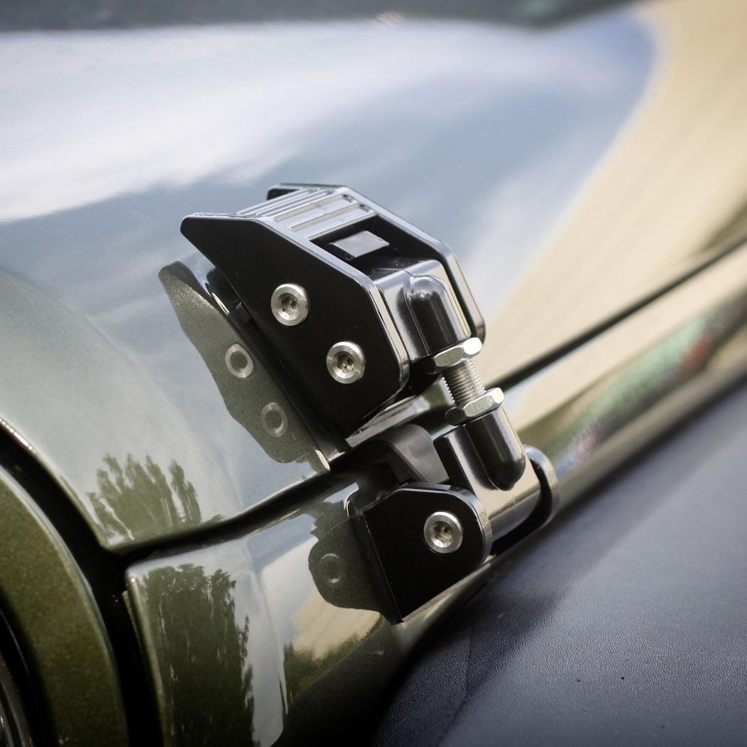 【マラソンクーポン配布中】【送料無料】Rugged Ridge フードキャッチ ブラックジープ JKラングラー【JEEP WRANGLER】