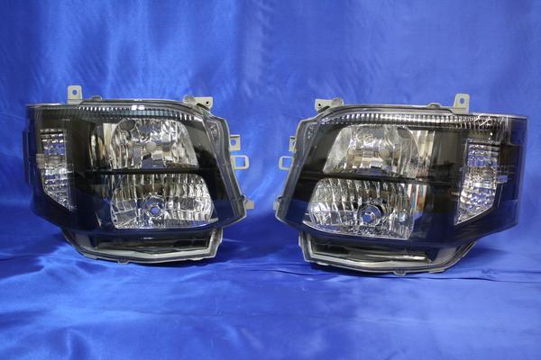 200系 ハイエース 3型 オートレベライザー 付き キセノン タイプ ブラック ヘッド Ver,4A