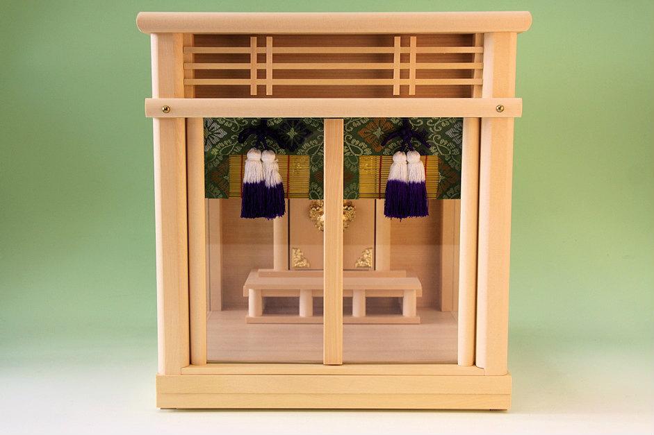 进入有神龛玻璃箱子神社12号1家帘子的墙壁装饰可能的现代的箱子型玻璃情况