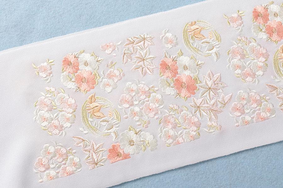 【マラソンクーポン発行中】加藤萬 小さな花丸模様の刺繍入り半衿
