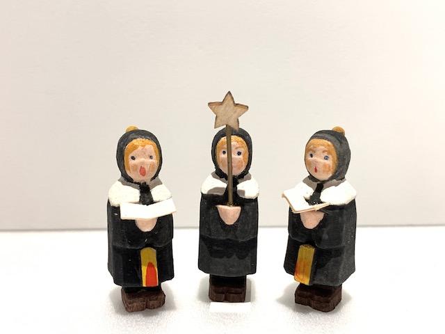 黒服の聖歌隊3人セット 5cm(ドイツ製)
