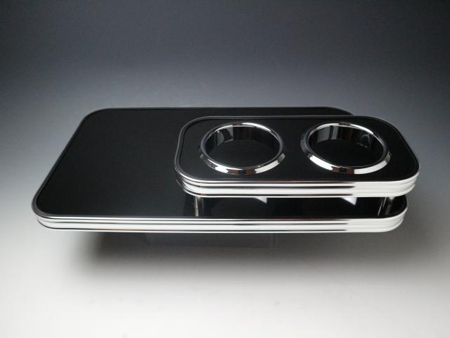 【売り切り お買い得】RP系ステップワゴン(15/4~)  フロントテーブル ブラック BKxフルメッキ