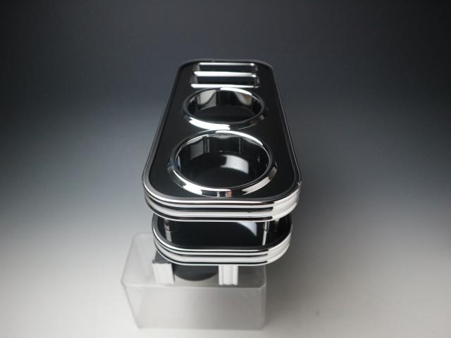 【売り切り お買い得】N-VAN(18/7~) フロントセンターカップホルダー ブラック BKxフルメッキ