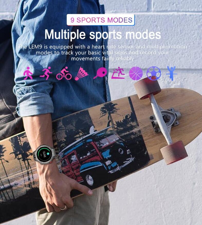新作 ハイスペック 4G スマートウォッチ アウトドアウォッチ2 03 インチ 大画面 900mAh 大容量800万画素 カメラAndroid iOS 用 wifi接続 Nano SIM カード搭載可能IP55防水 日本語 時計 多国言語対応 音声翻訳日本語簡単操作OknwP80