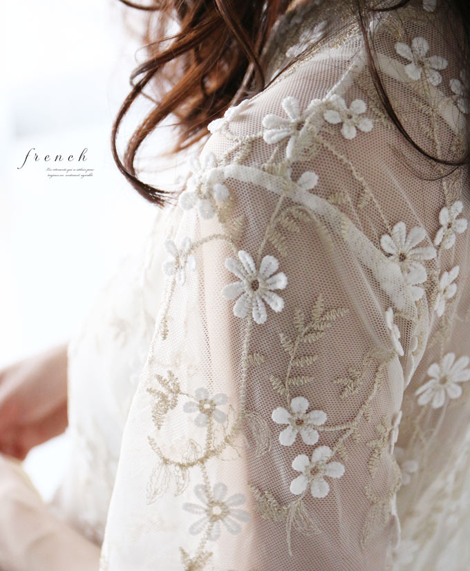 【再入荷♪6月22日12時&22時より】「french」花刺繍レースのインナー付きワンピース