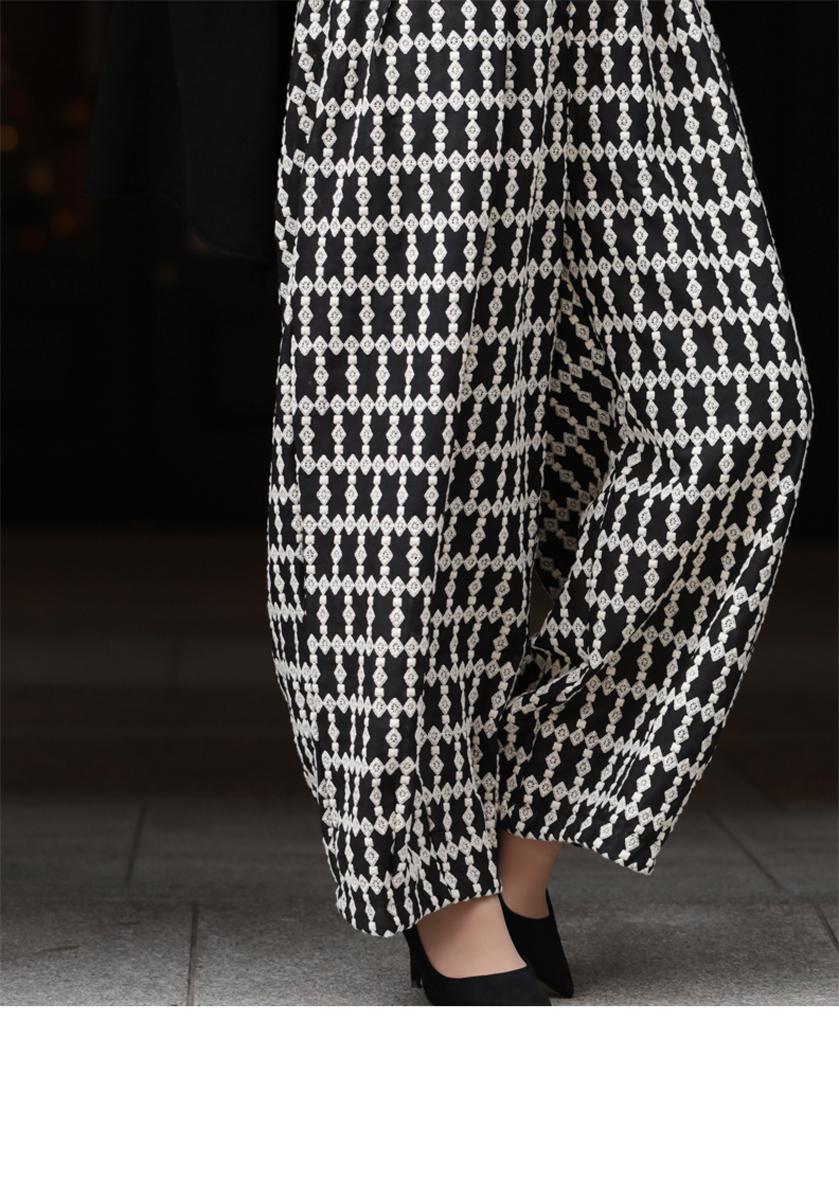 【再入荷♪8月1日22時より】S~L/2L~3L(ブラック)「FRENCHPAVEオリジナル」ゆるっとシルエットのワイドレース刺繍パンツS/M/L/2L/3Lワイド パンツ 刺繍