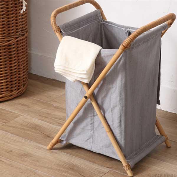 【送料無料】 折りたたみランドリー ナチュラル ラタン 天然素材を活かした高級感のある手編み仕上げ★ 手軽に折り畳めて、収納もラクです♪