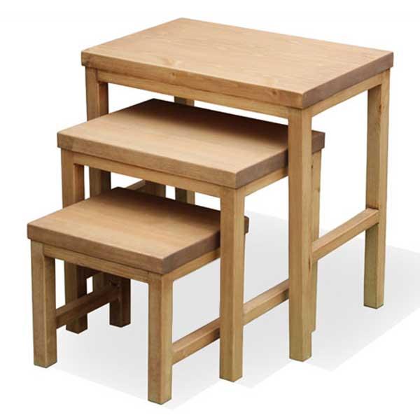 【送料無料】 【無公害塗料】パイン材 カントリー調 テーブル サイドテーブル カフェテーブル 自然塗料 ナチュラルな味わい