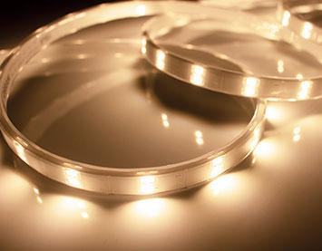 TRP-924-30-4 [ TRP924304 ]【テス・ライティング】防水型テープライト 電球色 電源別売屋外対応 3975mm【返品種別B】