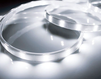 TRP-924-65-5 [ TRP924655 ]【テス・ライティング】防水型テープライト 昼光色 電源別売屋外対応 4965mm【返品種別B】