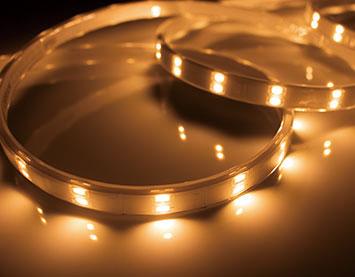 TRP-924-22-2 [ TRP924222 ]【テス・ライティング】防水型テープライト 電球色 電源別売屋外対応 1995mm【返品種別B】