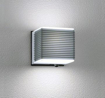 OG041724NC [ OG041724NC ]【オーデリック】 照明器具エクステリア LEDポーチライト昼白色 白熱灯40W相当 人感センサ付【返品種別B】