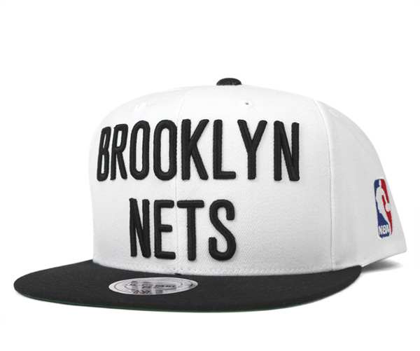 promo code bab50 81b1e Mitchel  amp ness cap snapback X L logo 2 tone Brooklyn Nets white Mitchell   amp  ...