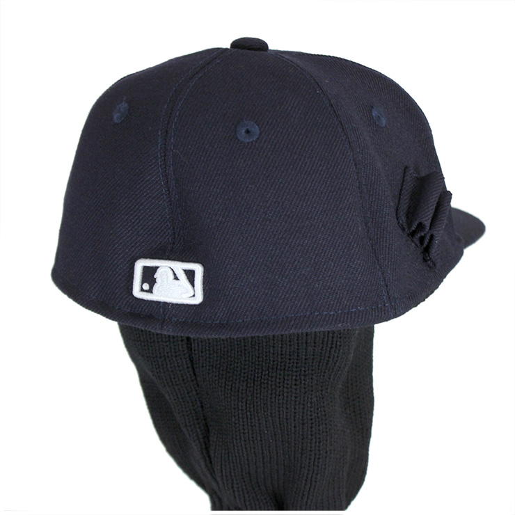 NEW ERA(R) GOLF is a special line for the golfer who started in 2011 in  earnest. I add the embroidery of function material and the golf club motif,  ...