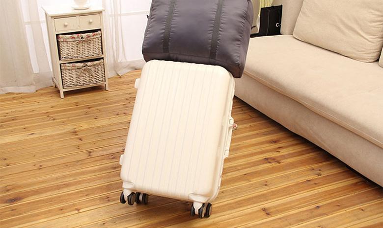 バッグ キャリーオンバッグ 折りたたみ 大容量 32L ボストン トラベルバッグ ビジネス 修学旅行 お土産 スポーツ コンパクト 軽量 キャリーケース取付可能 ER-CYON