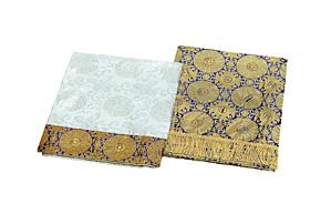 お飾り用品 祭壇用布 30号 (3段金襴布)