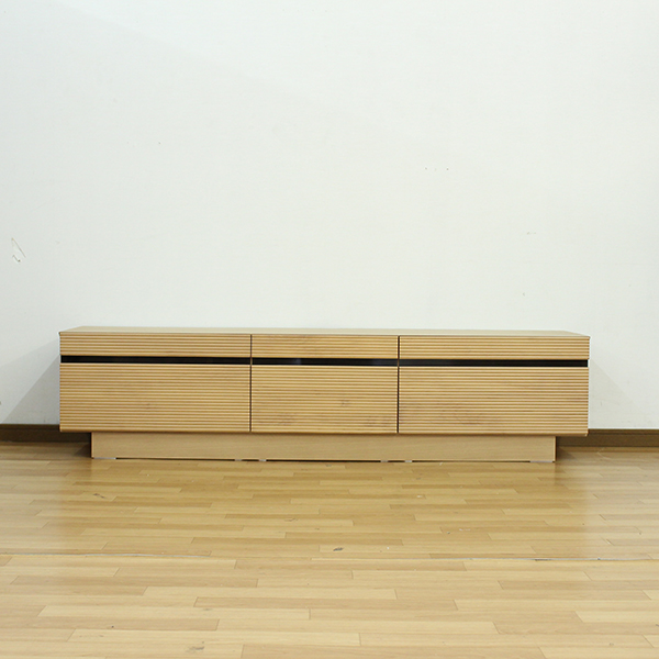 テレビ台 ローボード テレビボード 幅166cm 高さ40cm 選べる2色 オーク ウォールナット アルダー無垢材使用 木製 リビング収納 北欧風 シンプルモダンでおしゃれなデザイン 完成品