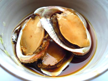 贈与 殻入り天然あわび煮貝 12枚入 冷蔵 築地からの仲卸商が豊洲市場から出荷いたします 甲州では400年の歴史がある最高級の贈り物 新色