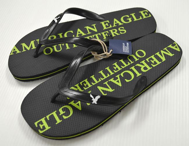 70acea7315c OOPARTS  ☆ American Eagle flip flops   s ( black  times  light ...