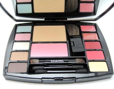 香奈爾CHANEL旅行化裝調色板TRAVEL MAKEUP PALETTE-ALTITUDE眼影,嘴唇總分,奇克,睫毛油的安排