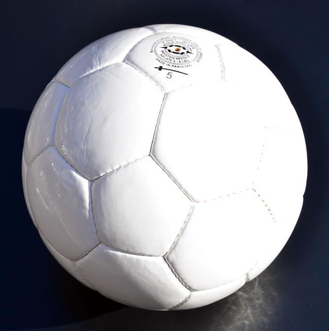 サッカーボール★★ホワイト無地★素材:PUレザー5号球(周囲 約68~70cm 直径 約 22cm)20個セット【YDKG-f】