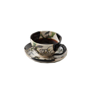 黒織部草紋 コーヒーカップ/ソーサー(玉山窯