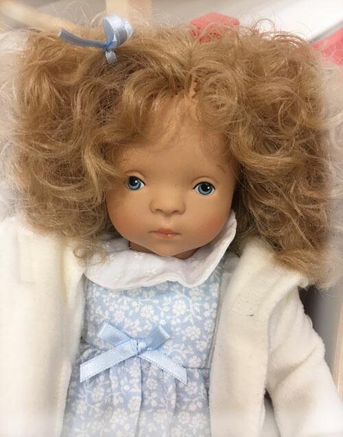 とにかく可愛いLOUISA ルイーザ シルヴィア・ナッテラ人形(普及版)
