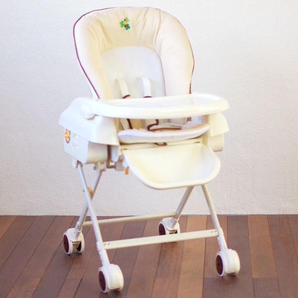 嬰兒機架河洛床與椅子三葉草米色