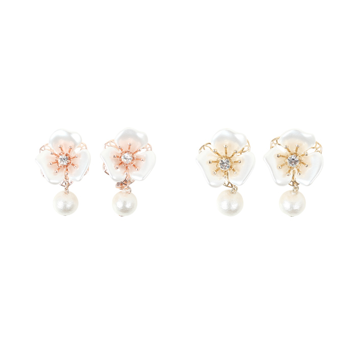 All Pearl Flower Earrings Le Reve Vaniller Two Colors