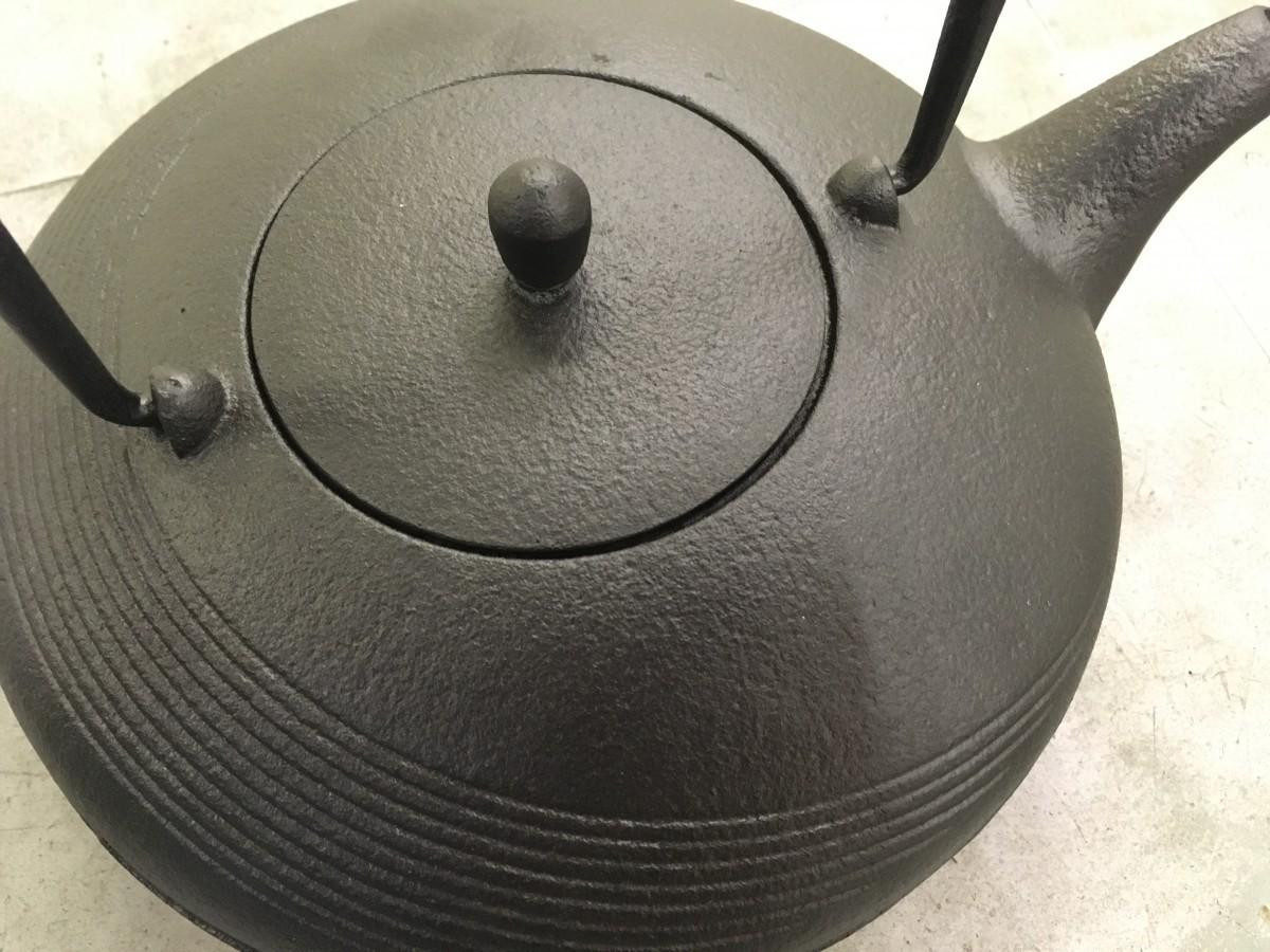 鉄瓶 月 MOON 黒 1.2L 南部鉄器 ロジアソシエイツ Roji