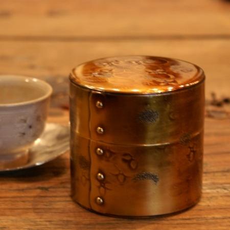 手作り銅器 茶筒 金色燻 八半斤 茶器【工芸ギフト】
