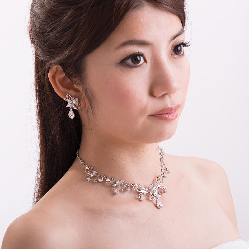ネックレスイヤリングセット 1947 化粧箱付 日本製ブライダルアクセサリー 結婚式 花嫁 ウェディング パーティー スワロフスキー