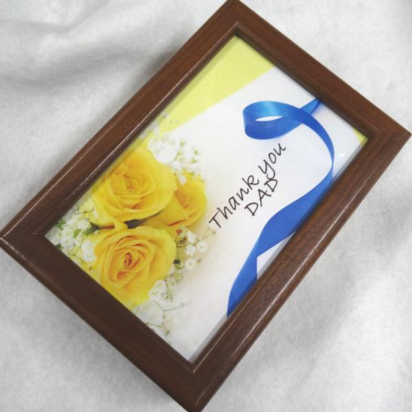 【お名入れ無料】父の日 30弁蓋ガラス(写真入れ)ウォールナットオルゴール 開閉ストッパー 曲目選択  【父の日の黄色いバラ 文字付】プレゼント