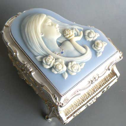 Blue piano-with Cameo jewelry box (women) ♪ music Nocturne antimony